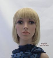 Classic Bob Style Full Head Wig in Soft Natural Golden Blonde